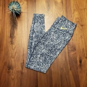 Nike Pants - Nike dri fit yoga workout leggings livestrong xs